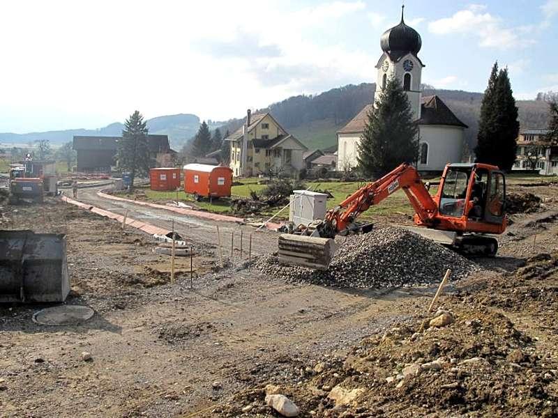 Bauingenieurwesen und Vermessung: Planung und Bauleitung von Erschliessungen