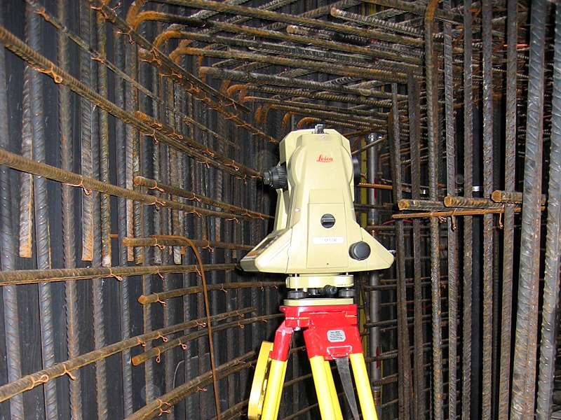 Vermessung und Geomatik: Bauvermessung zur Absteckung und Bauwerksüberwachung